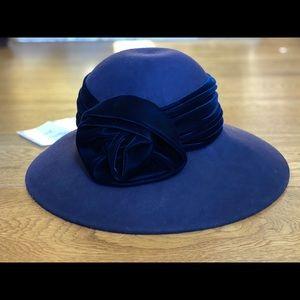 NWT - Peter Bettley Wool Felt Dress Hat